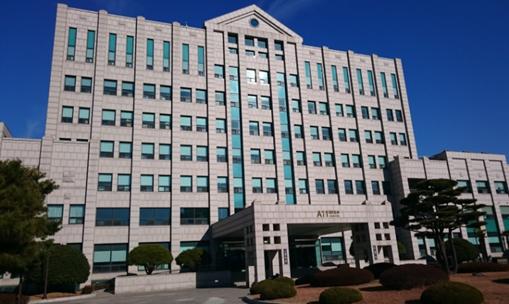 駿台外語&ビジネス専門学院